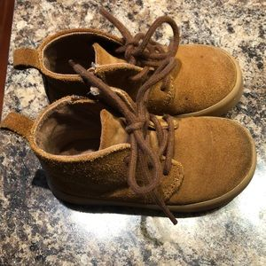 VEUC toddler mid top boot